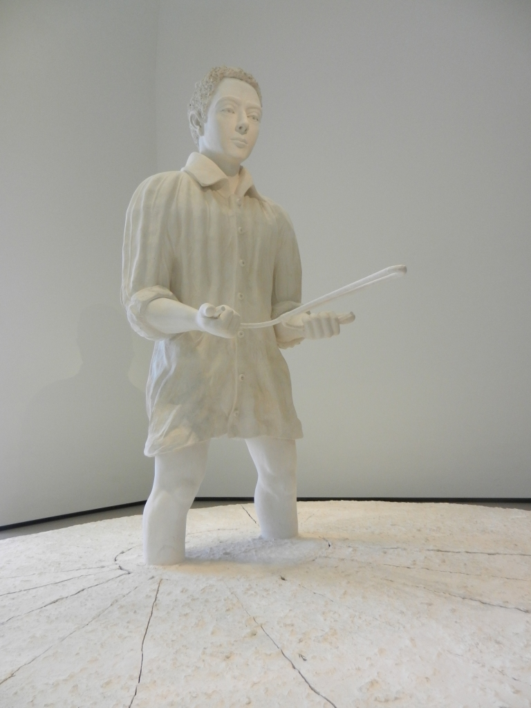 "Thomas Schutte ""Man in Matsch"" sculpture, inside the Fondation. © invasioni"