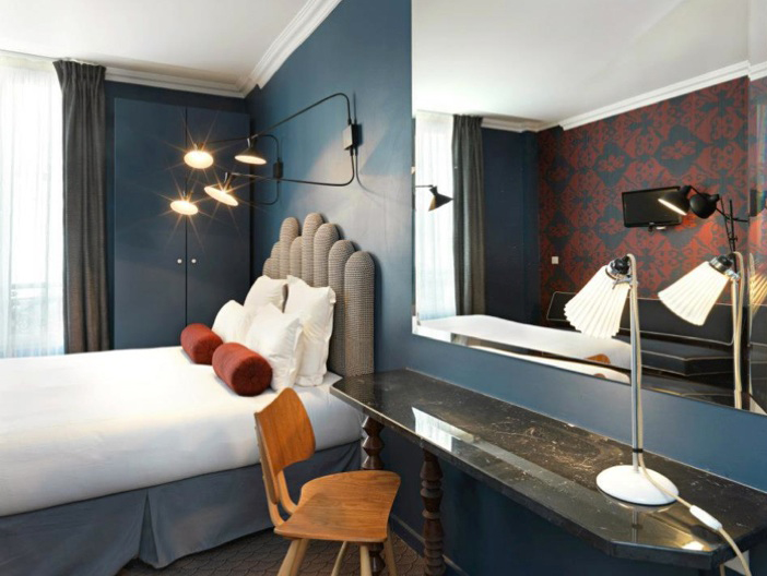 Room of Hotel Paradis, Paris. © Kristen Pelou