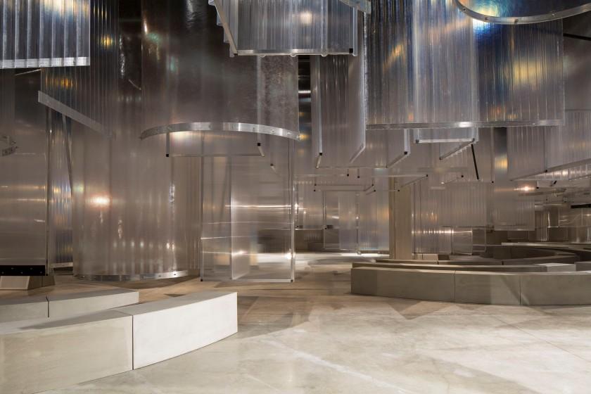 Prada Men's SS16 Fashion showspace (5)