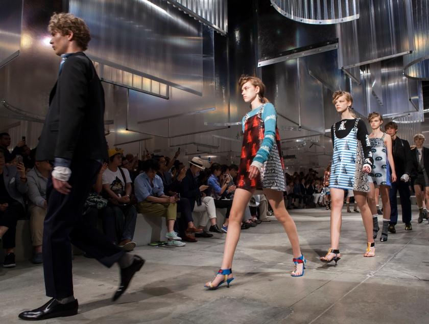 Prada Men's SS16 Fashion showspace_Parade 2