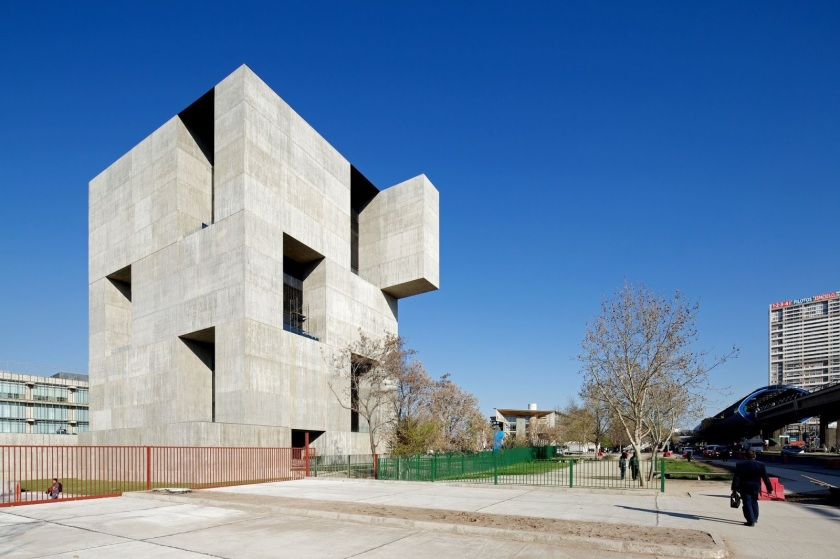 Alejandro Aravena + ELEMENTAL: Innovation Center UC - Anacleto Angelini, Santiago de Chile, 2014