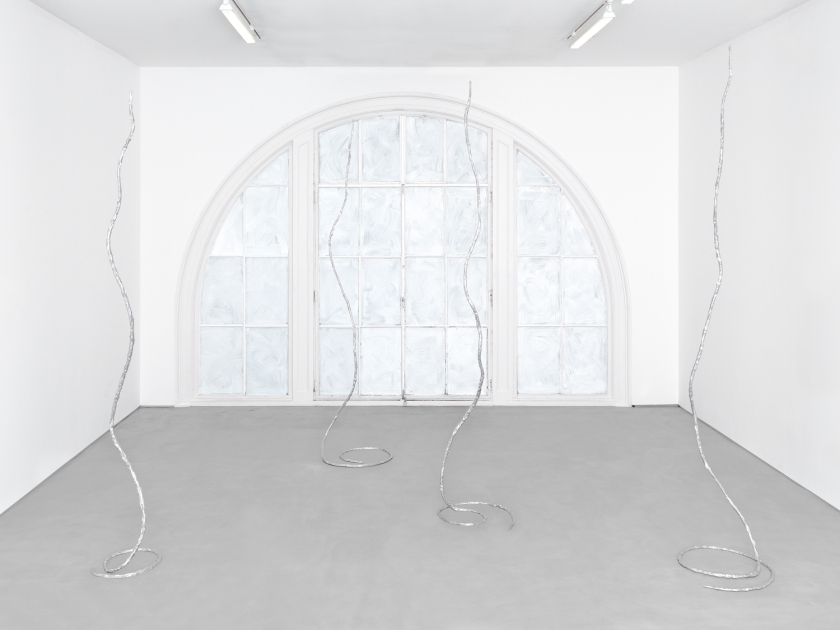 Installation view, Ugo Rondinone, Waterfalls, Sadie Coles HQ. Copyright the artist, courtesy Sadie Coles HQ, London.