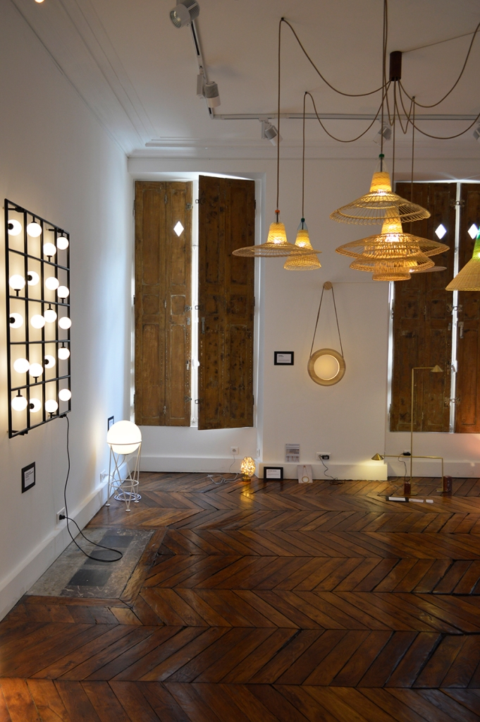 Squares + Globe lamp by Atelier Areti (on the left wall + on the ground), Pet lamps by Alvaro Catalàn De Ocòn (hanging from the ceiling), Halo lamp by Kjartan Oskarsson, LightLight6 by Gaspard Graulich (down on the left).