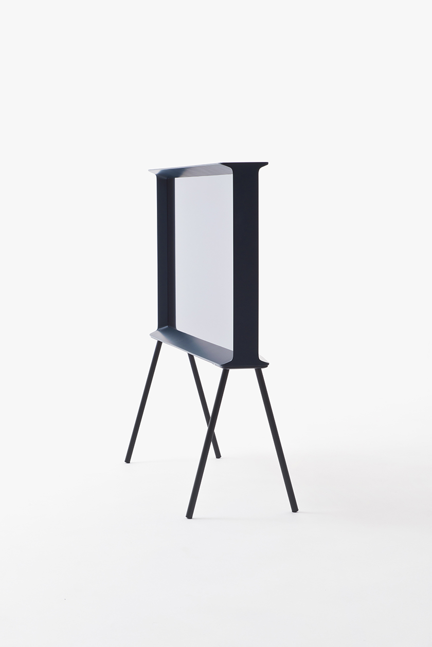 serif tv for samsung e r bouroullec invasioni pervasioni by elena caponi. Black Bedroom Furniture Sets. Home Design Ideas