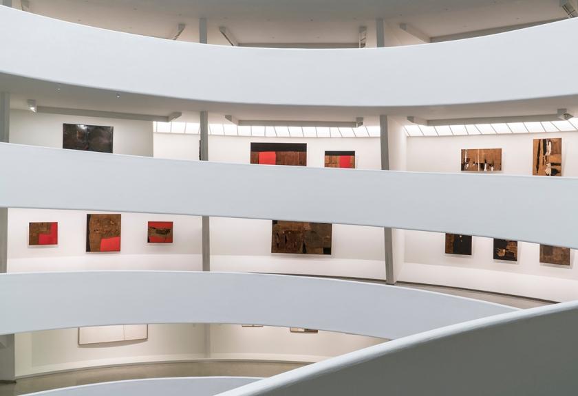Installation view: Alberto Burri: The Trauma of Painting, October 9, 2015-January 6, 2016, Solomon R. Guggenheim Museum. Photo: David Heald (c) Solomon R. Guggenheim Foundation.