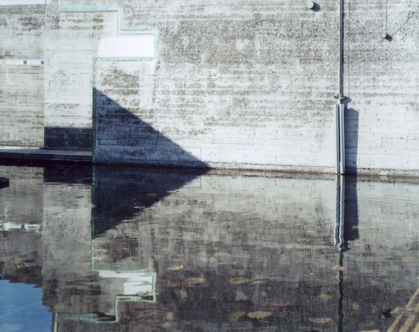 Guido Guidi, da La tomba Brion di Carlo Scarpa, #17142, 20-02-2007, looking southwest, c-print, framed cm 41,5x46,5 ┬® Guido Guidi courtesy Viasaterna