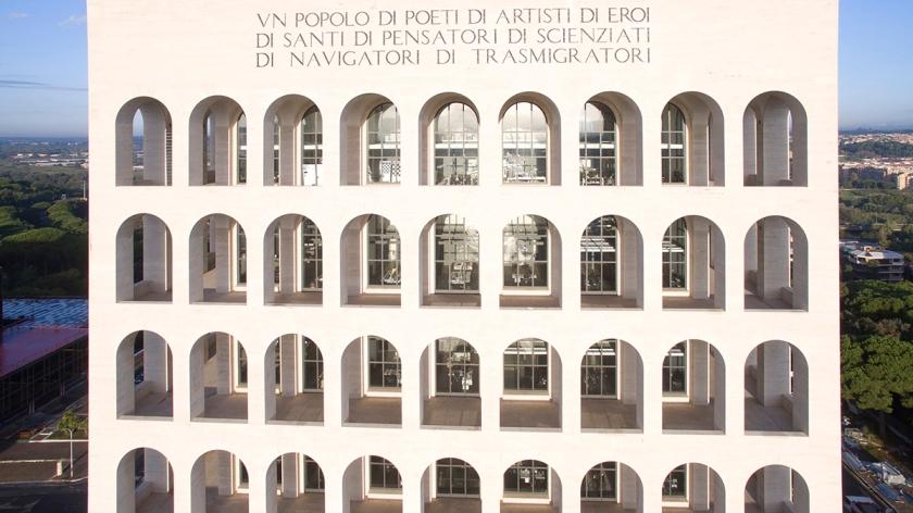 Palazzo della CiviltÖ Italiana 1