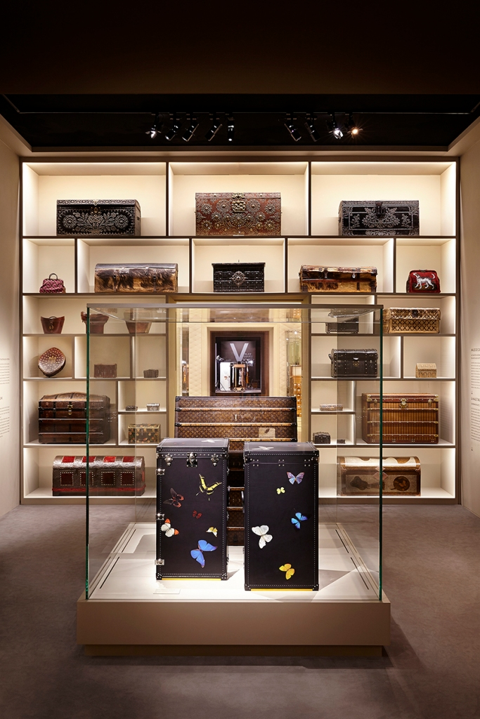 PART 7 : CURIO TRUNK © Grégoire VIEILLE / LOUIS VUITTON MALLETIER