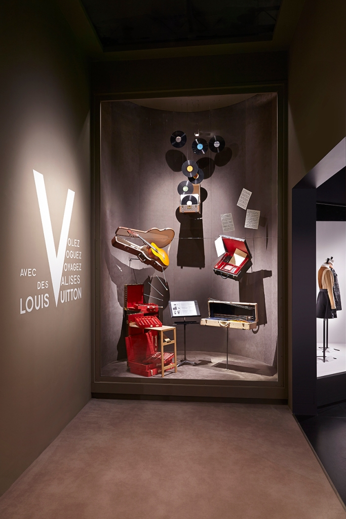 PART 9 : THE MUSIC ROOM © Grégoire VIEILLE / LOUIS VUITTON MALLETIER