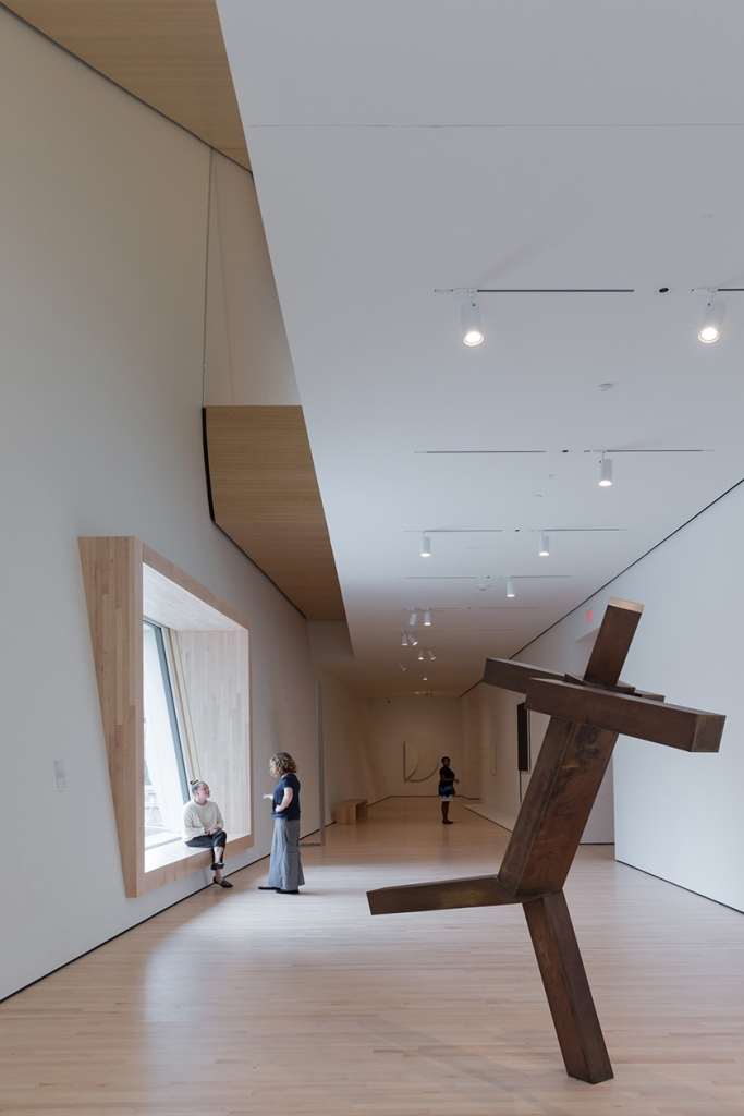 A City Gallery at SFMOMA featuring Untitled by Joel Shapiro (1989); photo: © Iwan Baan, courtesy SFMOMA.