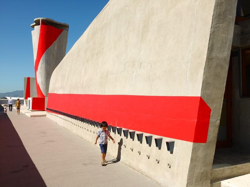 exhibition-ciel-ouvert-felice-varini-mamo-designboom-091-818x613