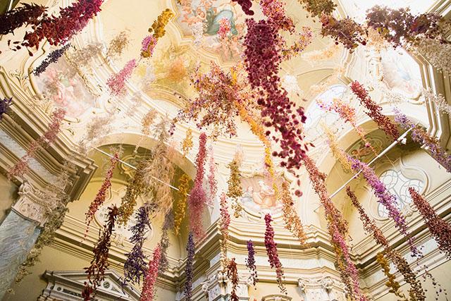 Florilegium // Rebecca Louise Law a Parma | invasioni [pervasioni]